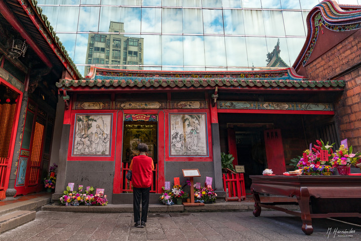 Longshan Temple. Taipei - Taiwan, 2017
