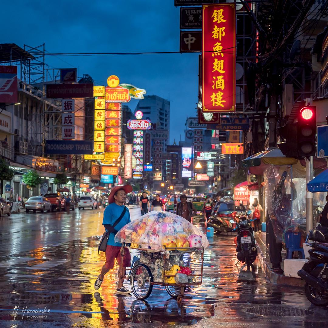 Lights of Chinatown