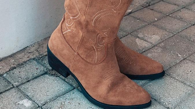 Cowboy  caramel boots