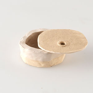 Cendrier blanc 2, diamètre environ 8,5 x