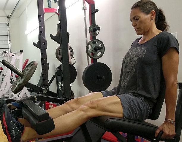 Melani Quads Leg Extension square_edited