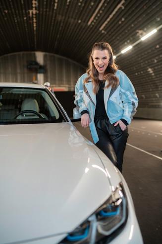 LAURA WONTORRA x BMW i4
