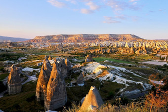 red-valley-at-sunset-in-cappadocia-turke
