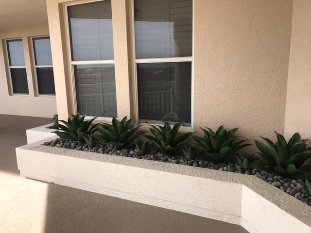 outdoor artificial plants 6448.JPG