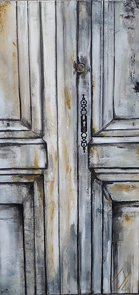 Peinture abstraite porte ancienne grise gros plan