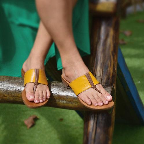 Modelo 846 sandália em couro legítimo.