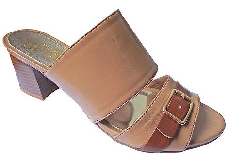 Modelo 2025 sandália feminina em couro