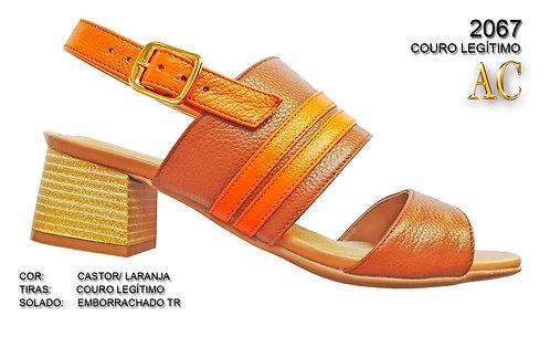 Modelo 2067  sandália em couro legítimo