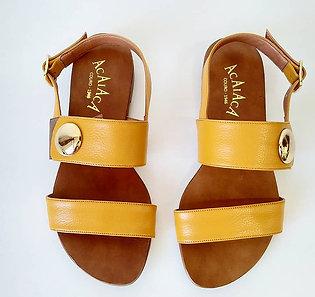 Modelo 840 sandália em couro legítimo.