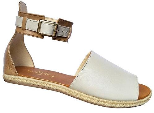 Modelo 112 sandália feminina em couro