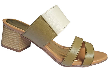 Modelo 2036 sandália feminina em couro