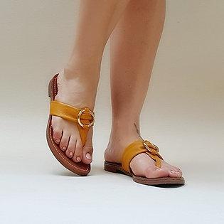 Modelo 829 sandália em couro legítimo.