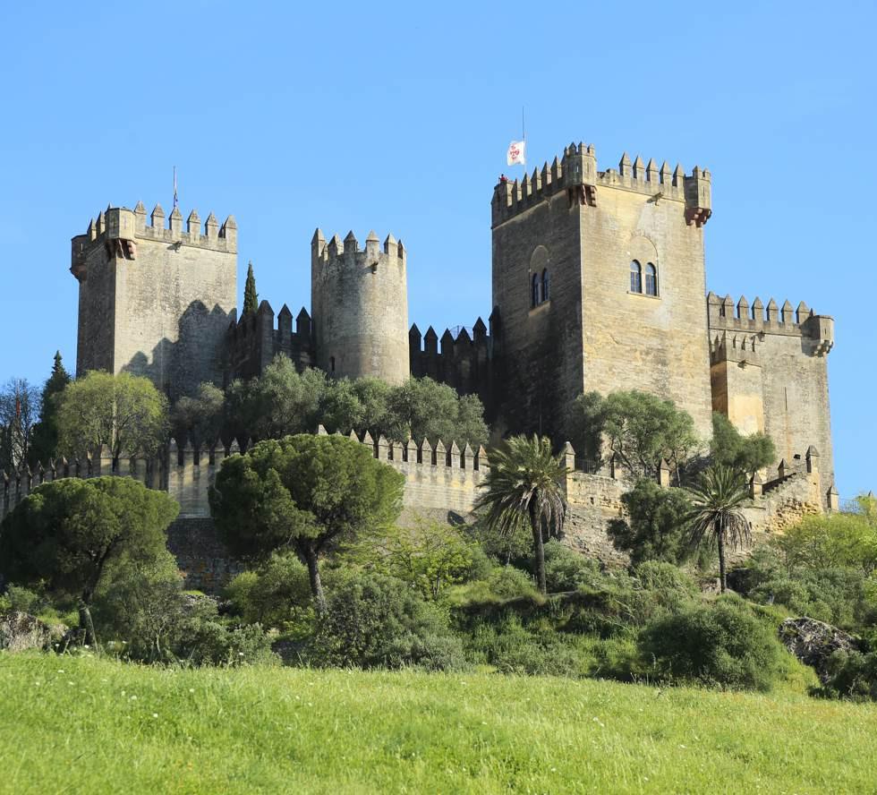 Almodovar Castle (5).jpg