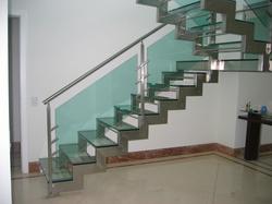 corrimao-de-vidro-e-aco-inox-880285 (1).