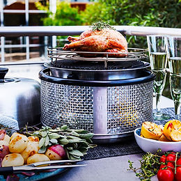 COBB Premier Cooker With Fenced Roast Rack