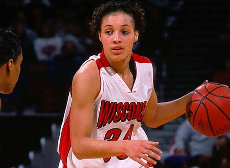 Ex-WNBA player Tamara Moore to coach men's hoops team at Mesabi Range College