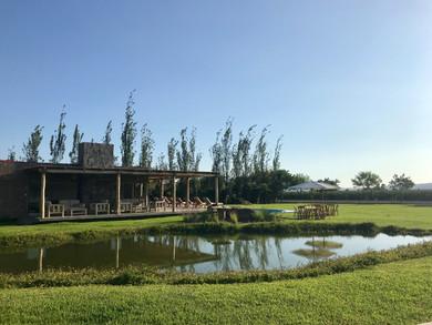 Vista de la casa Club