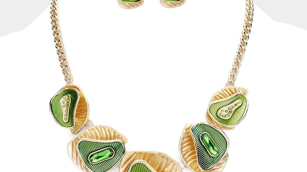 Elain (green)