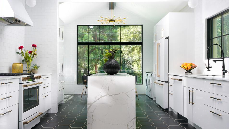 Kitchen_New2-3.jpg