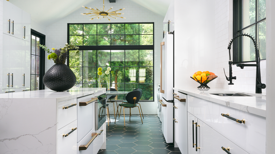 Kitchen_Right-Angle_web.png