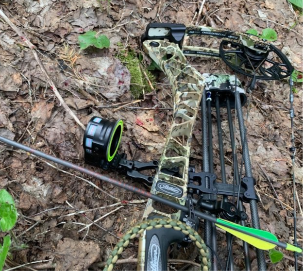 Pin It Custom Bowstrings and a Mathews VXR