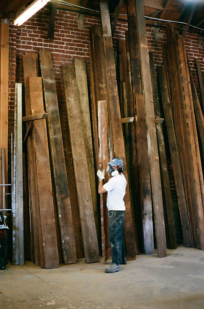 recycled wood furniture maker los angeles