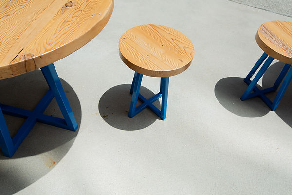 round table and chairs dining set