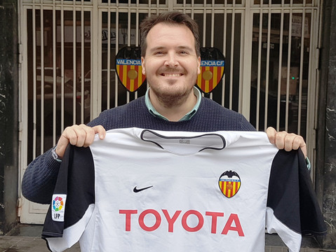 Spain: The Stories Behind The Shirts - 2003/04 Valencia