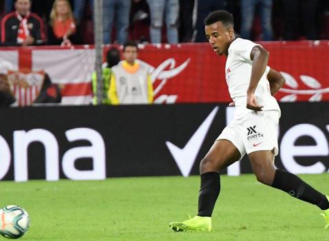 Jules Koundé: Sevilla's Defensive Gem
