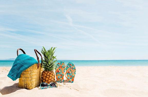 beach-background-with-beach-elements-cop