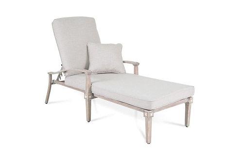 Pelham Chaise