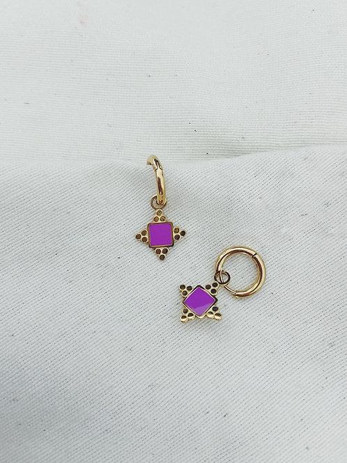 Estrellas cuatro puntas lilas