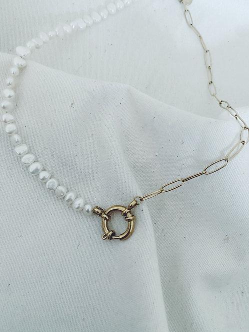 Perlas y cadena