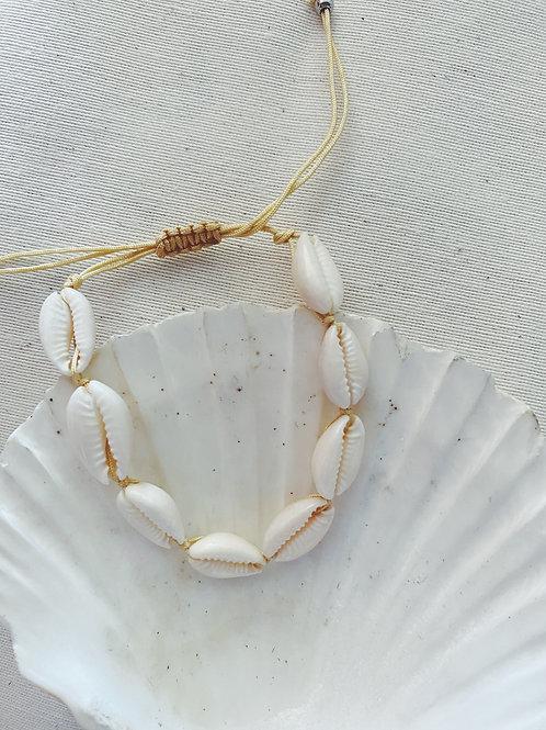 Pulsera conchas