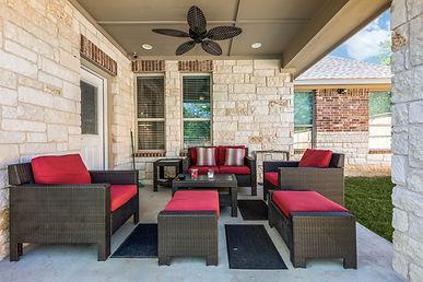 Exterior Lounge