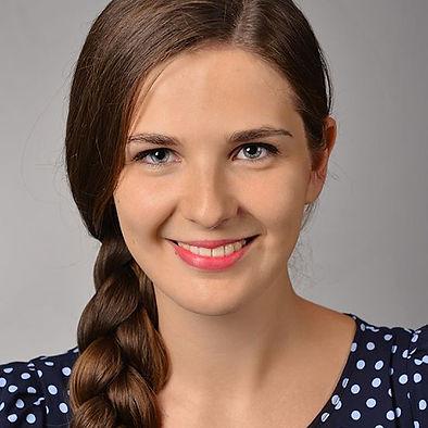 Anna Karowicz.jpg