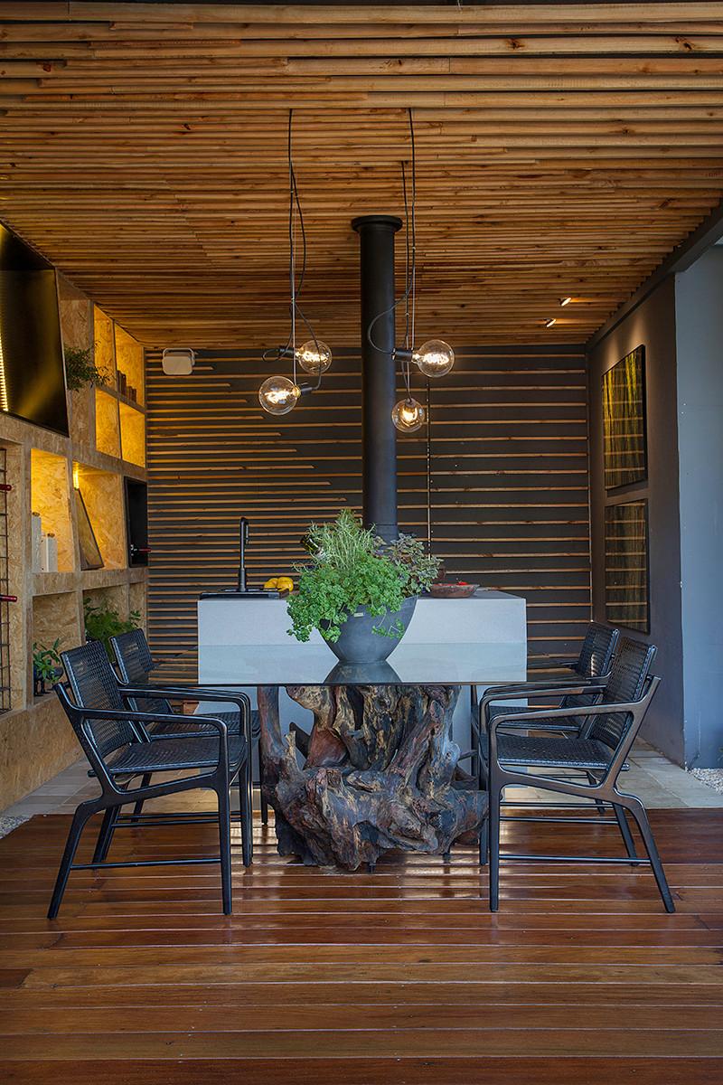 Mesa de Jantar em Tronco de madeira maciça ArboREAL - Raiz Natural