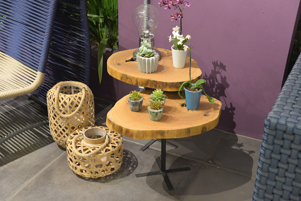 Conjunto de mesa lateral em formato de bolacha de madeira maciça de Pequiá ArboREAL