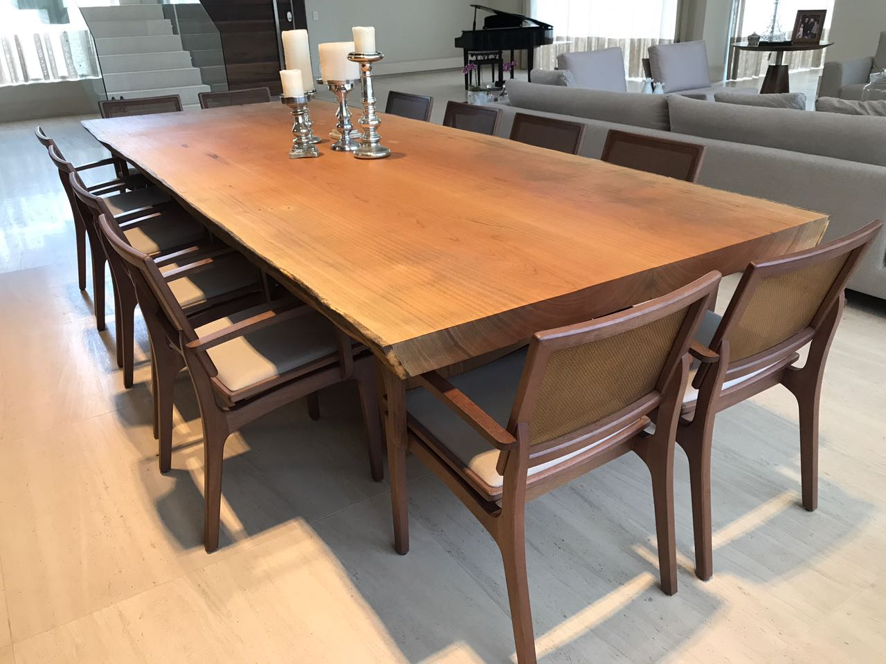 Mesa de Madeira para sala de Jantar