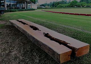 Banco rústico em madeira maciça. ArboREAL Móveis Rústicos em Madeira Maciça