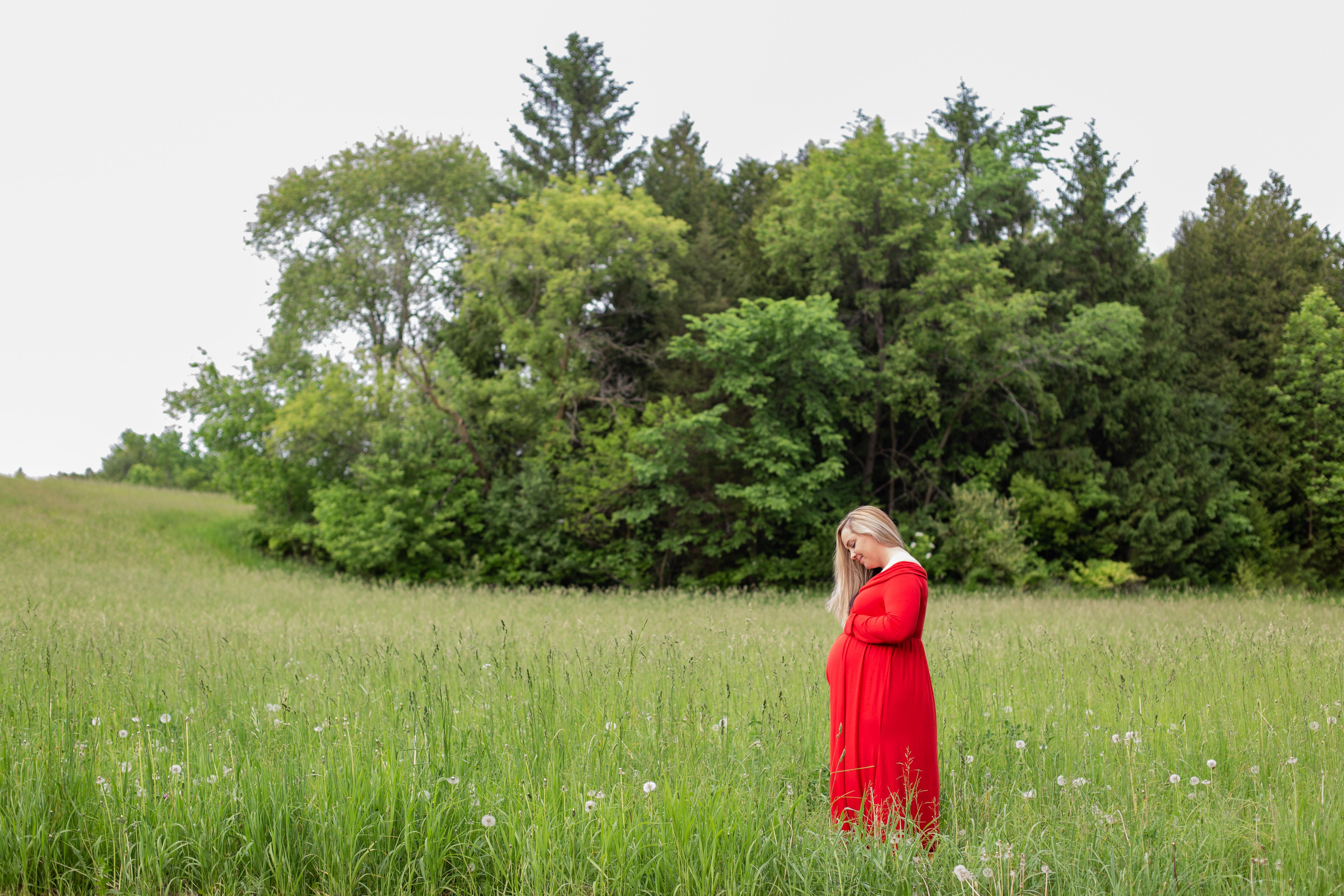 Field Maternity Photography Portrait