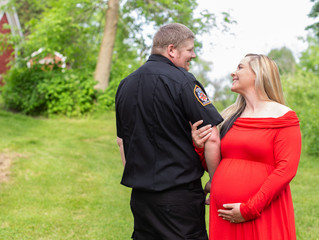 Nicole & Mike | Maternity Session at Richfield Nature Park