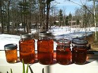 Maple-Syrup-Jars.jpg