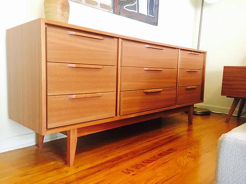 Mahogany 9 Drawer Dresser