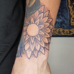 Handpoke flower