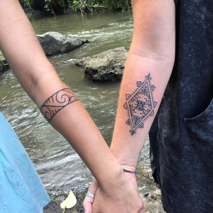 sister-tattoo-hand-tapped