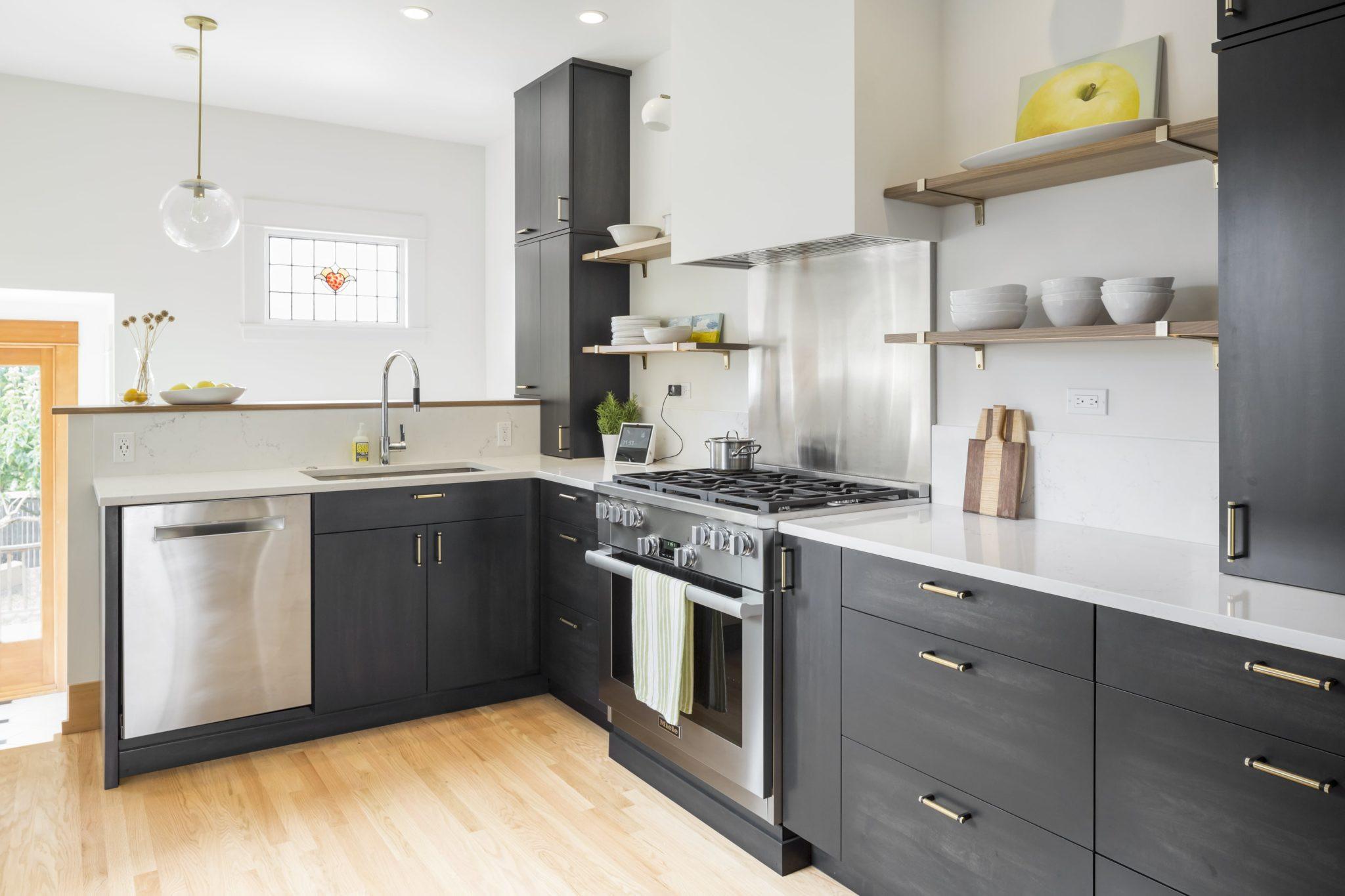 """Small Kitchen 14' X 16' """"L"""" Shape"""
