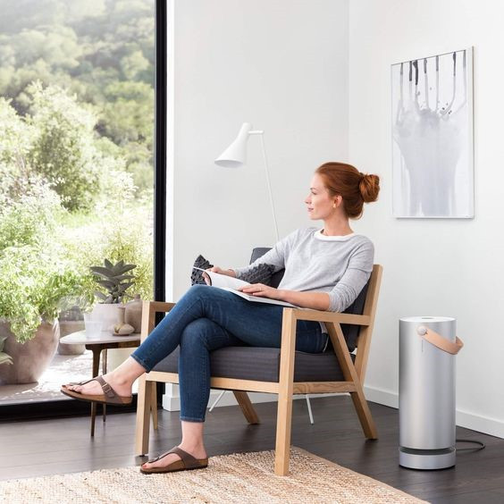 Uber stylish Molekule air purifier looks good and improves your lung health
