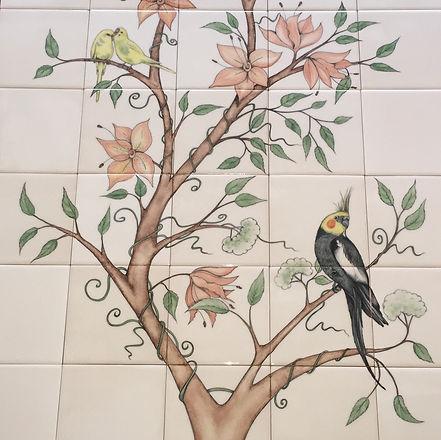 BATHROOM SPLASH BACK WITH BIRDS AND FLOW