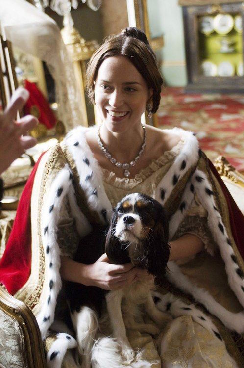 Королева Виктория и Кавалер